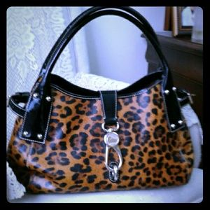Authentic, Dooney&Bourke smooth ext large bag